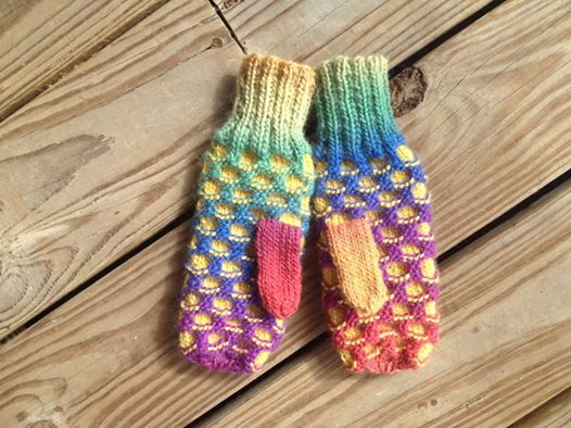 Knitting Pattern For Childs Newfie Mittens : newfie mitts